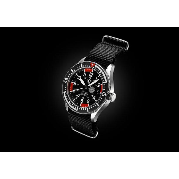 The Guardsman's Watch – Sandblæst stål ur med sort rem